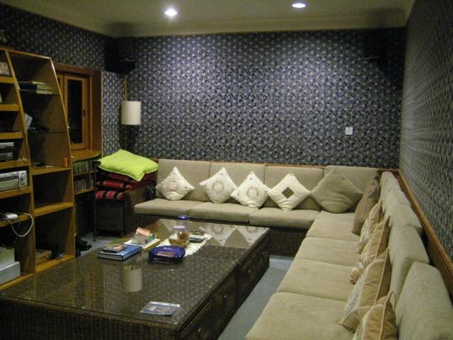 ブルネイで宿泊した家のカラオケルーム