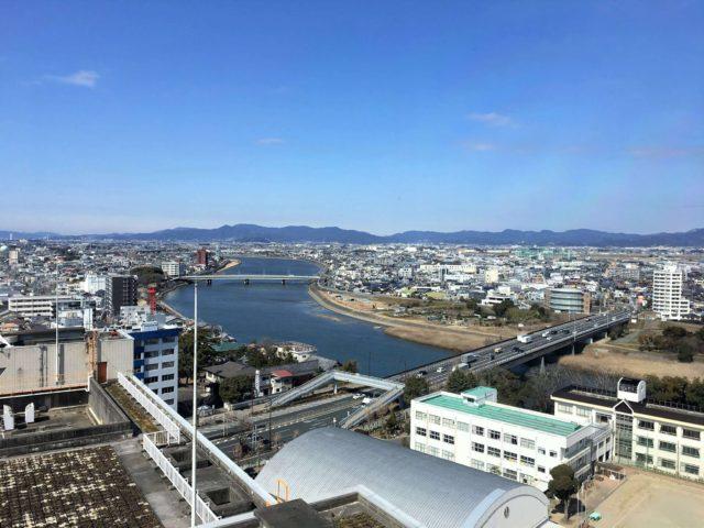 豊橋市役所の展望台から見た景色